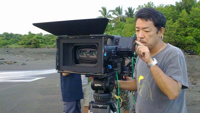 PanaA1 3D camera operator Daisuke Iwaki frames his shot at CostaRica's Ostional beach.