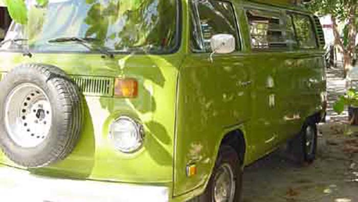 For the romantic producers we rent our personally restored 1978 VW bus in perfect condition; ideal for locations scouting or filming.