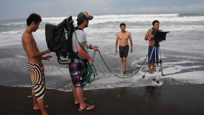 Every day at dawn the crew began its search for turtles on the pacific coast, for a nature documentary for the Japonese market 2010.